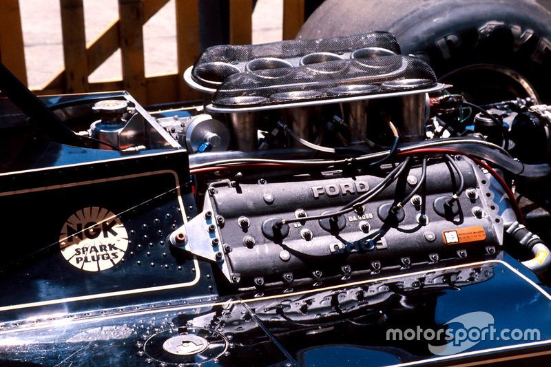 Mesin DFV Cosworth yang dipakai Lotus