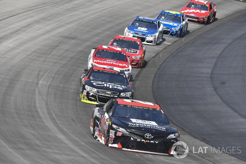 Matt Kenseth, Joe Gibbs Racing Toyota, Kasey Kahne, Hendrick Motorsports Chevrolet, Ryan Blaney, Wood Brothers Racing Ford