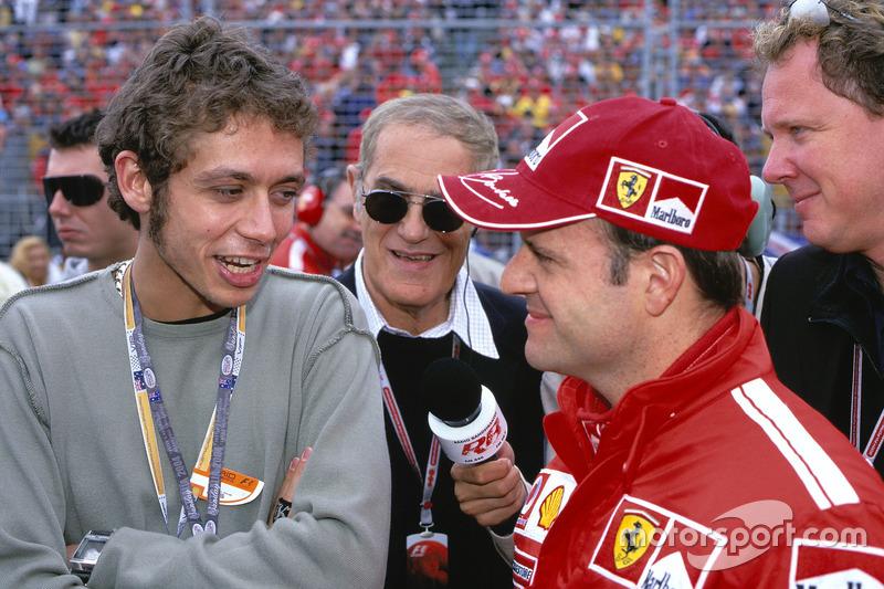 Rubens Barrichello, Ferrari dan Valentino Rossi mengobrol sebelum balapan
