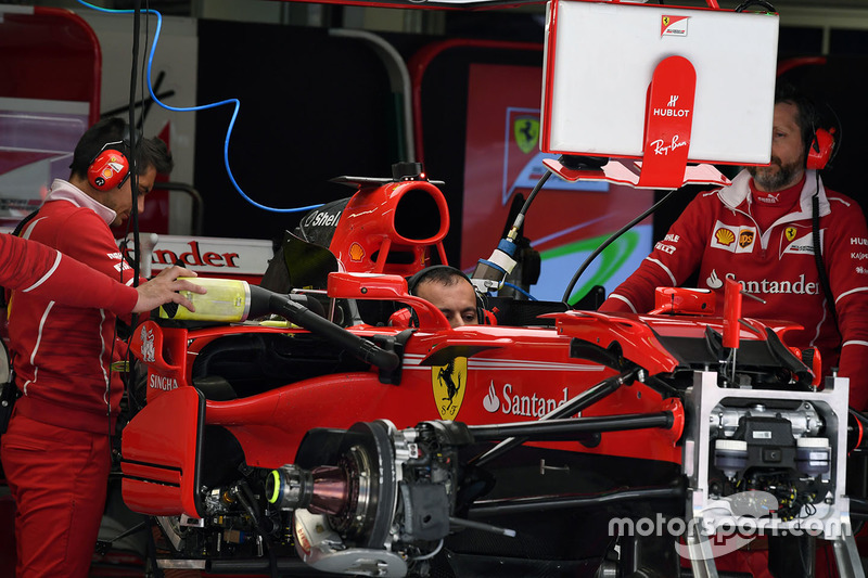 Ferrari SF70H in the garage