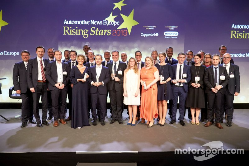 "Valentina Temporelli, Customer Relationship Marketing Director Global Key Account Automotive di Schaeffler, premiata fra le ""Rising Stars"" del periodico ""Automotive News Europe"" a Göteborg il 21 maggio 2019"