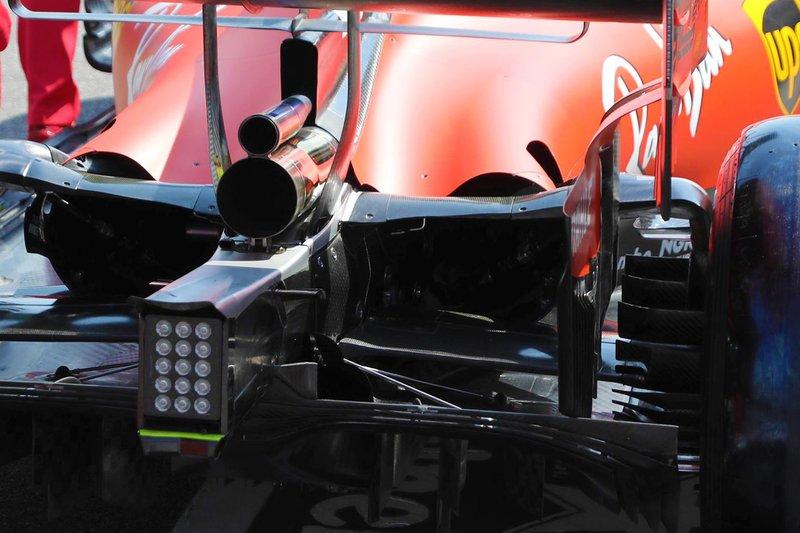 Ferrari SF90 dettaglio posteriore