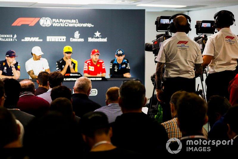 Max Verstappen, Red Bull Racing, Lewis Hamilton, Mercedes AMG F1, Daniel Ricciardo, Renault F1 Team, Sebastian Vettel, Ferrari e Robert Kubica, Williams Racing, durante la conferenza stampa