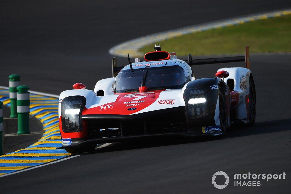 # 7 Toyota Glass Racing Toyota GR010 - Hypercar híbrido, Mike Conway, Kamui Kobayashi, Jose Maria Lopez