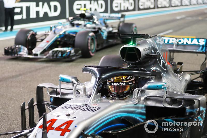 Lewis Hamilton, Mercedes AMG F1 W09 EQ Power+, y Valtteri Bottas, Mercedes AMG F1 W09 EQ Power+