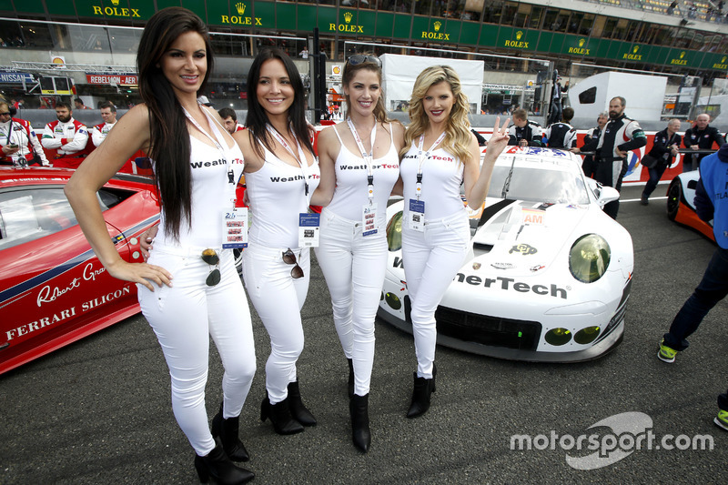 Chicas del Weather tech