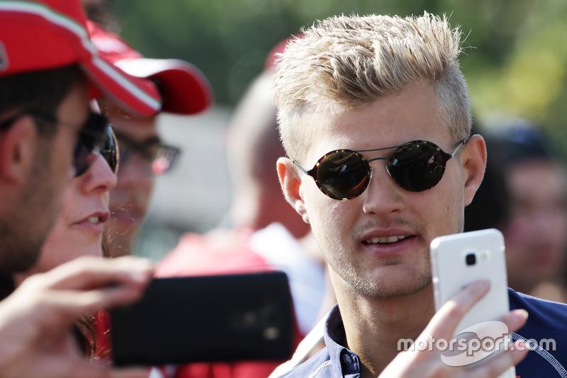 Marcus Ericsson, Sauber F1 Team taraftarlar ile