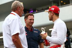 Слева направо: доктор Хельмут Марко, спортивный консультант Red Bull, руководитель Red Bull Racing К