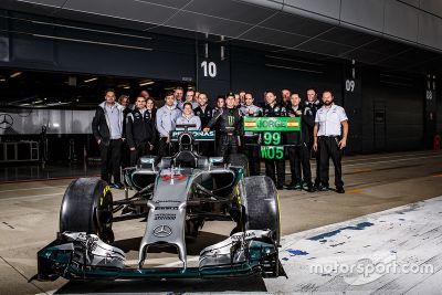 Хорхе Лоренсо тестирует Mercedes AMG F1