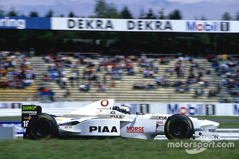 #18 : Jos Verstappen, Tyrrell 025