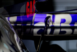 The rear wing detail of Pierre Gasly, Scuderia Toro Rosso STR12