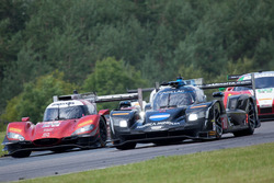 #10 Wayne Taylor Racing Cadillac DPi: Ricky Taylor, Jordan Taylor, #55 Mazda Motorsports Mazda DPi: