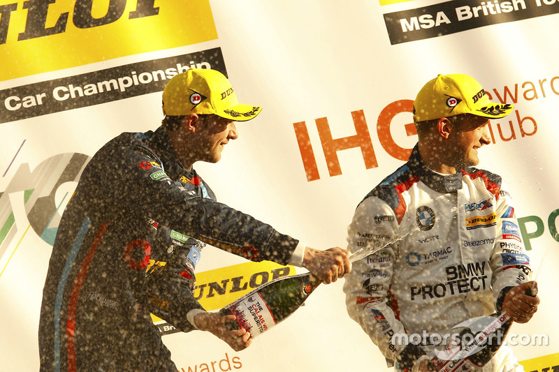 Race winner Andrew Jordan, BMW Pirtek Racing BMW 125i M Sport