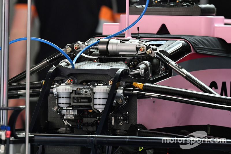 Détail de l'avant de la Force India VJM10