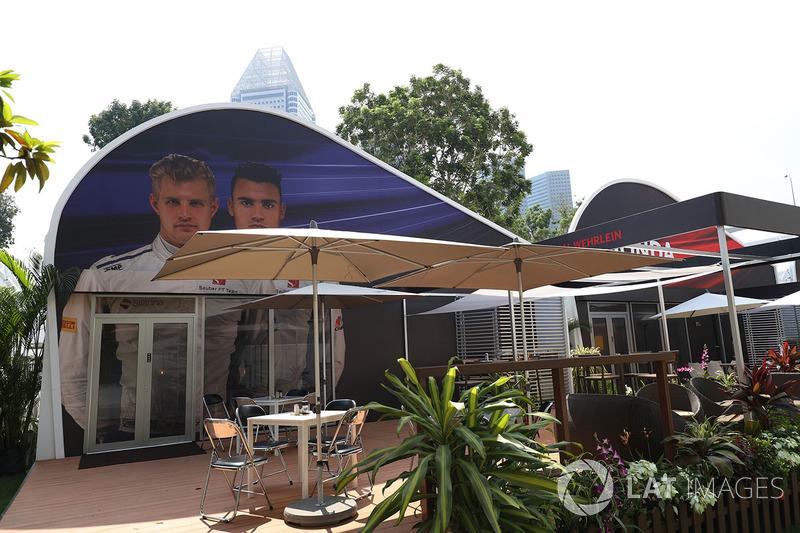 Sauber team building