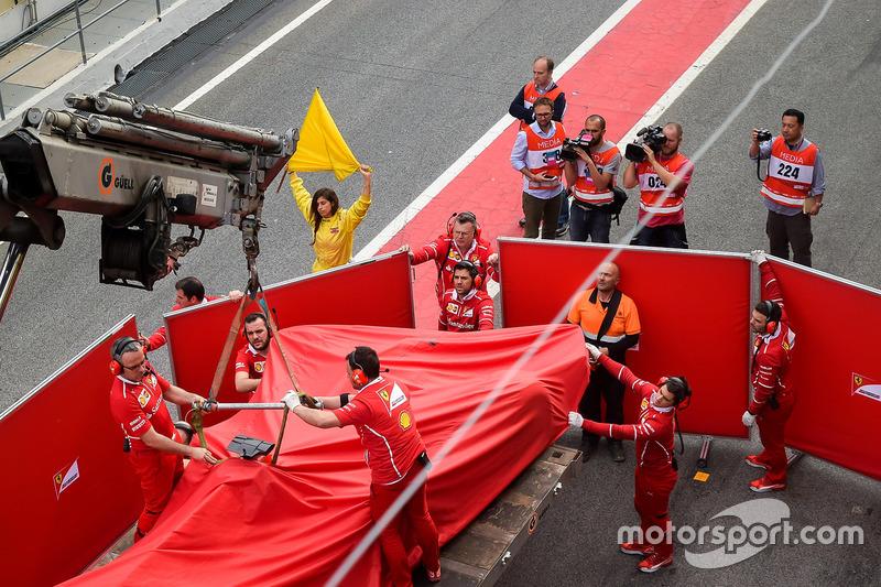 El accidentado Ferrari SF70H de Kimi Raikkonen