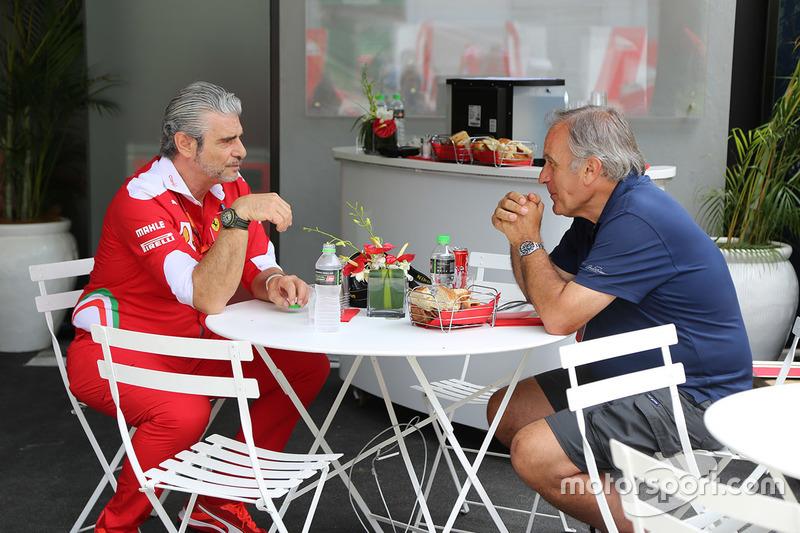 Джорджо Пиола и Маурицио Арривабене, руководитель Ferrari