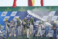 Podium: 1. Timo Bernhard, Earl Bamber, Brendon Hartley, Porsche Team; 2. Ho-Pin Tung, Oliver Jarvis, Thomas Laurent, DC Racing; 3. Mathias Beche, David Heinemeier Hansson, Nelson Piquet Jr., Vaillante Rebellion Racing