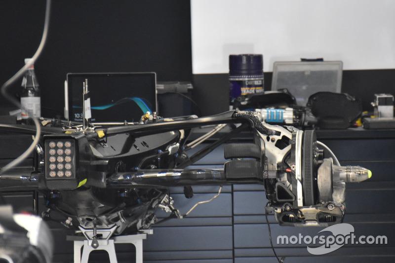 Mercedes F1 W08: Hinterradaufhängung