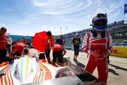 Felix Rosenqvist, Mahindra Racing, on the grid