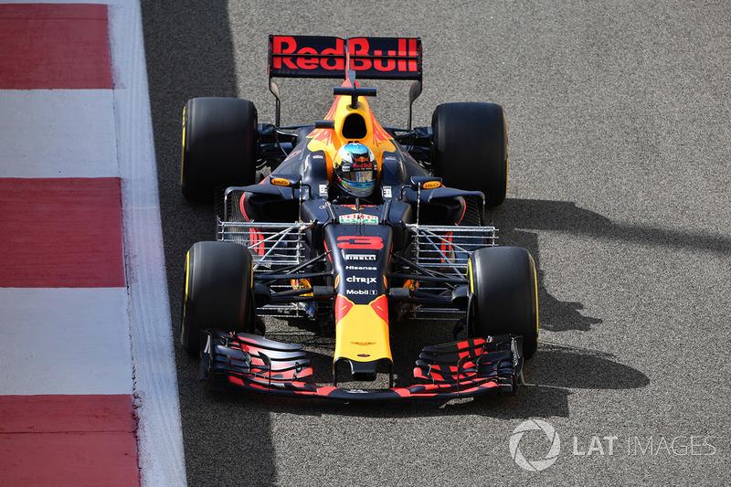 Ricciardo, nachdem er im 2. Training von Grosjean aufgehalten wurde