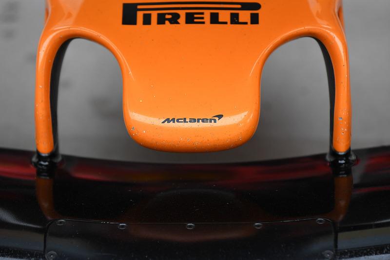 Detail hidung McLaren MCL33