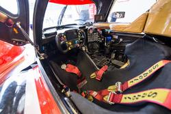 #39 Graff Racing S24 Oreca 07 Gibson: Vincent Capillaire, Jonathan Hirschi, Tristan Gommendy cockpit