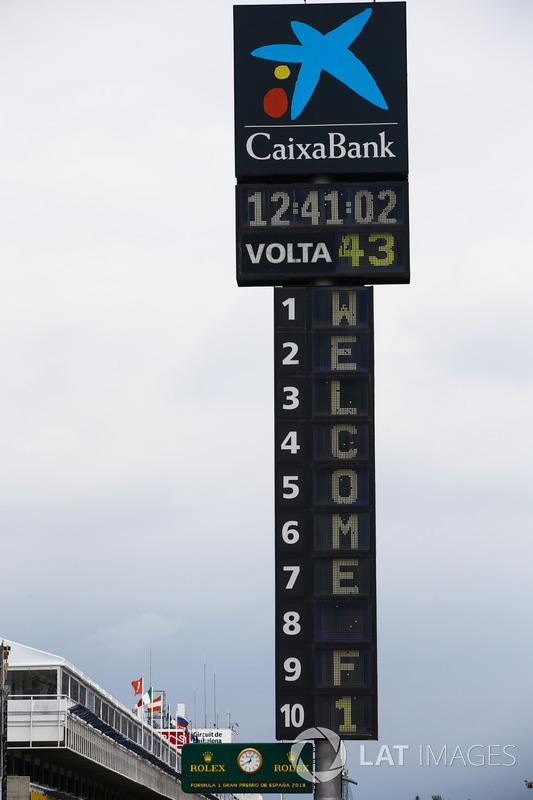 La torre de puntuación patrocinada por Caixa Bank en el Circuito de Cataluña