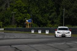 #31 Rumcastle LLC, Volkswagen Golf GTI TCR, TCR: Tanner Rumburg, Luke Rumburg