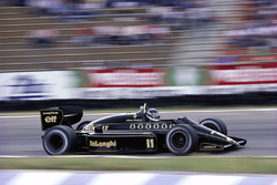 Johnny Dumfries, Lotus 98T Renault