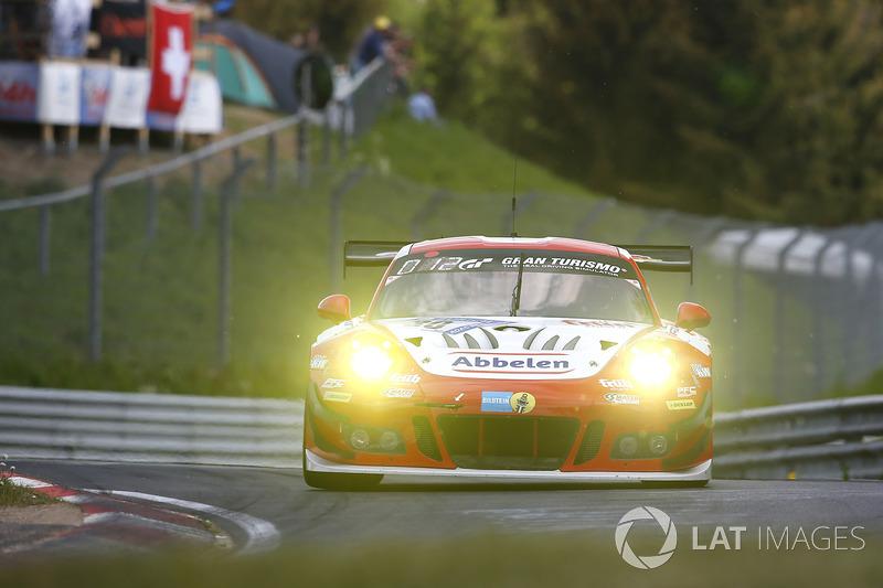 11. #30 Frikadelli Racing Team Porsche 911 GT3R: Lance David Arnold, Alexander Müller, Wolf Henzler, Matt Campbell