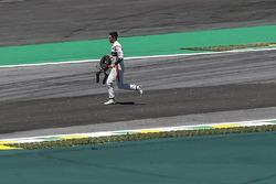 После аварии: Стоффель Вандорн, McLaren