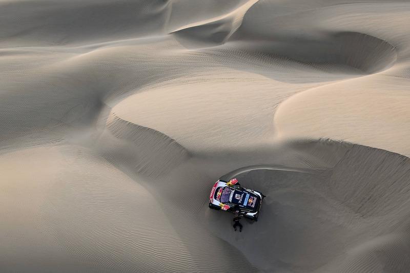 Etapa 5: Sainz, a media hora tras quedarse atascado