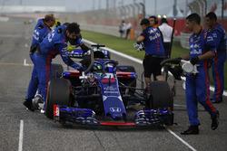 Brendon Hartley, Scuderia Toro Rosso STR13 on the grid