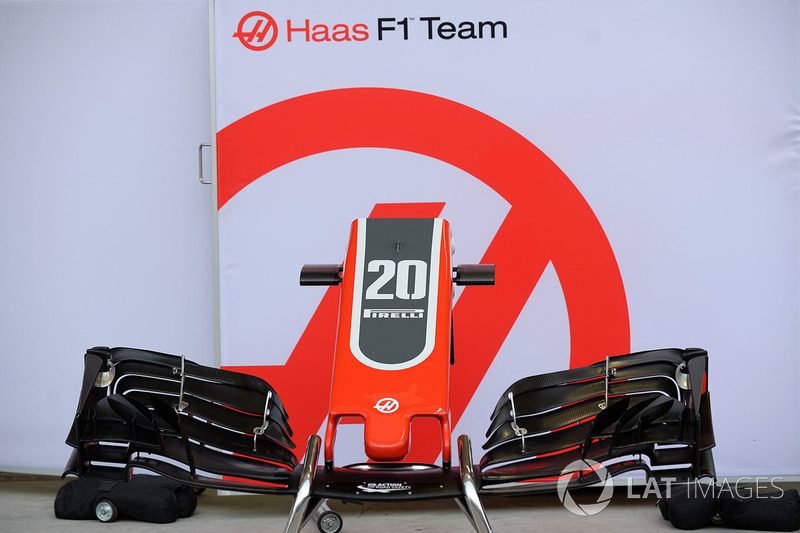 Haas F1 Team VF-18 nose and front wing