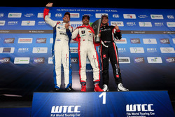 Trophy podium: Winner Mehdi Bennani, Sébastien Loeb Racing, Citroën C-Elysée WTCC, second place Tom Chilton, Sébastien Loeb Racing, Citroën C-Elysée WTCC, third place Rob Huff, All-Inkl Motorsport, Citroën C-Elysée WTCC