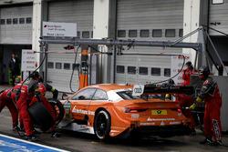Boxenstopp: Jamie Green, Audi Sport Team Rosberg, Audi RS 5 DTM