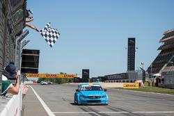 Nicky Catsburg, Polestar Cyan Racing, Volvo S60 Polestar décroche la victoire