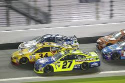 Paul Menard, Richard Childress Racing Chevrolet; Landon Cassill, Front Row Motorsports Ford
