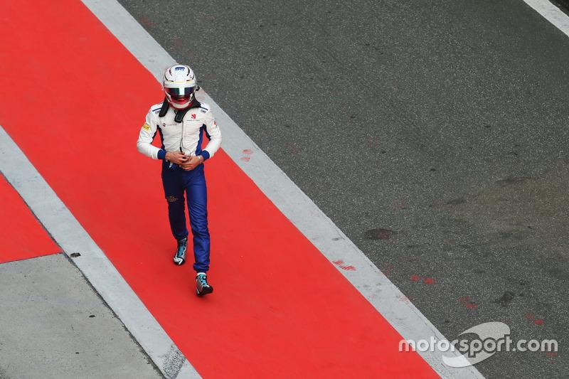 Antonio Giovinazzi, Sauber, nach Crash