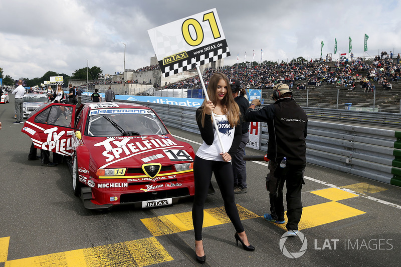 Gridgirl von Stephan Rupp, Alfa Romeo 155 TI V6 ITC