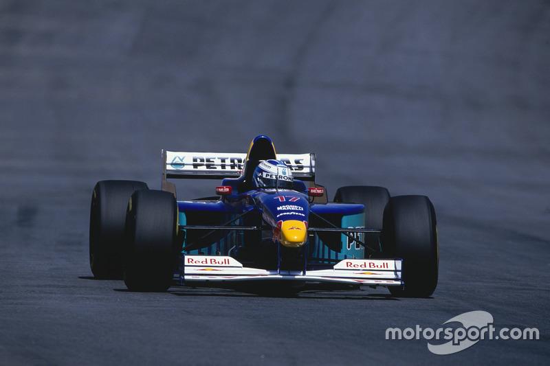 #17 : Nicola Larini, Sauber C16