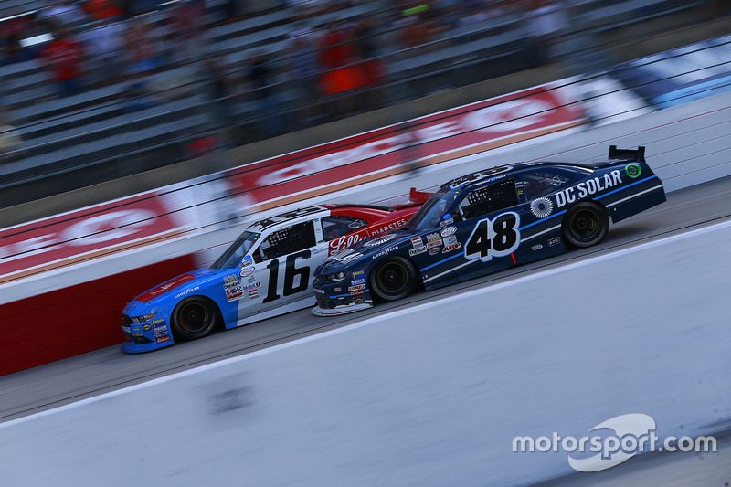 Ryan Reed, Roush Fenway Racing Ford, Brennan Poole, Chip Ganassi Racing Chevrolet