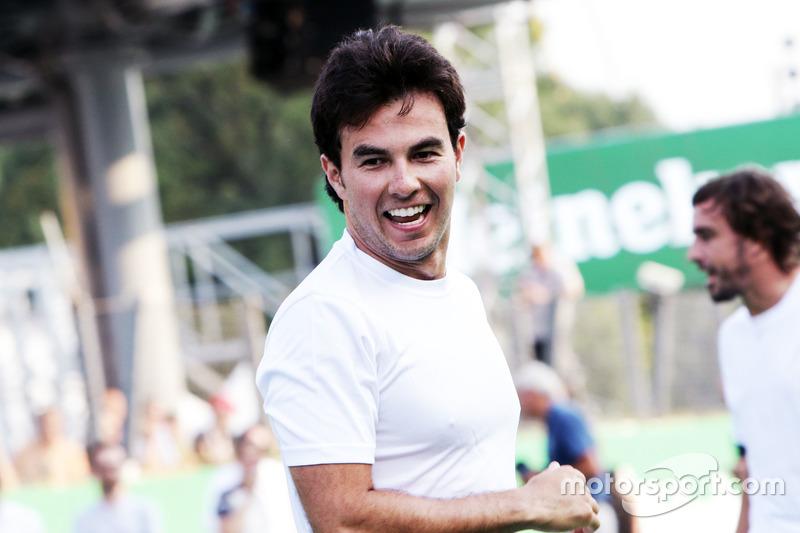 Sergio Perez, Sahara Force India F1, futbol maçında