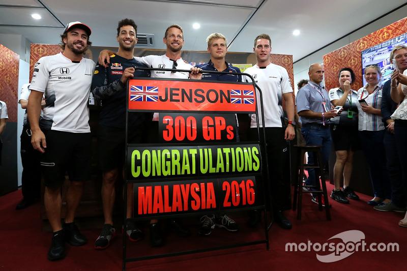Jenson Button, McLaren Honda celebrates 300 GP, Daniel Ricciardo, Red Bull Racing, Stoffel Vandoorne, third driver, McLaren F1 Team