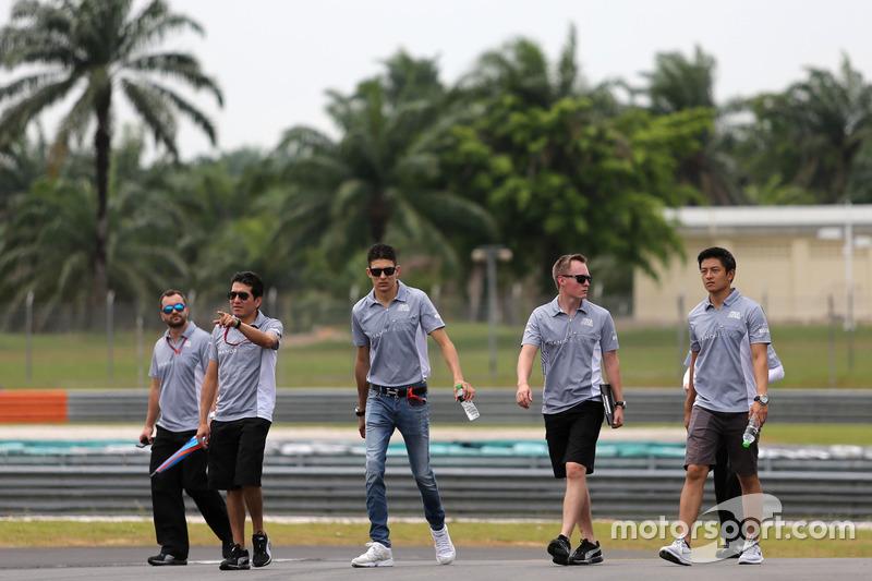 Esteban Ocon, Manor Racing and Rio Haryanto, Manor Racing