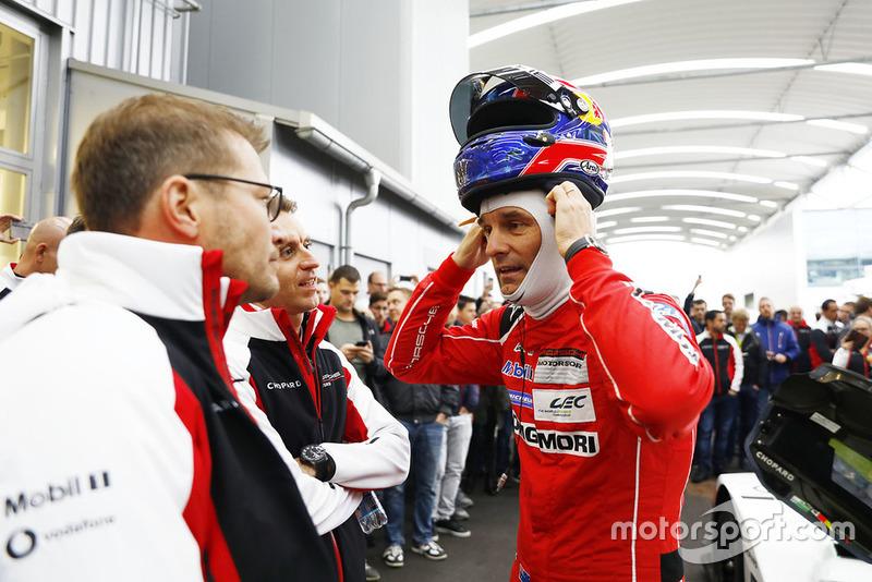 Андреас Сейдл, бос команди Porsche, Марк Веббер, команда Porsche