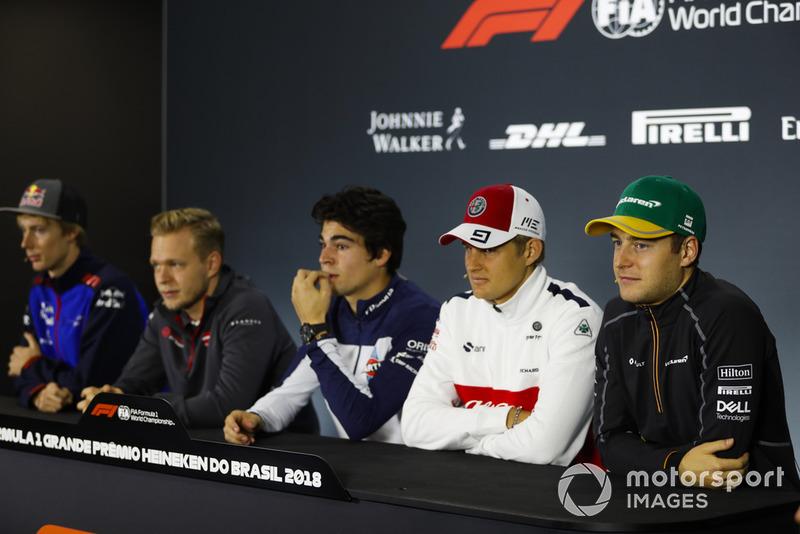 Brendon Hartley, Toro Rosso, Kevin Magnussen, Haas F1 Team, Lance Stroll, Williams Racing, Marcus Ericsson, Sauber, et Stoffel Vandoorne, McLaren, en conférence de presse