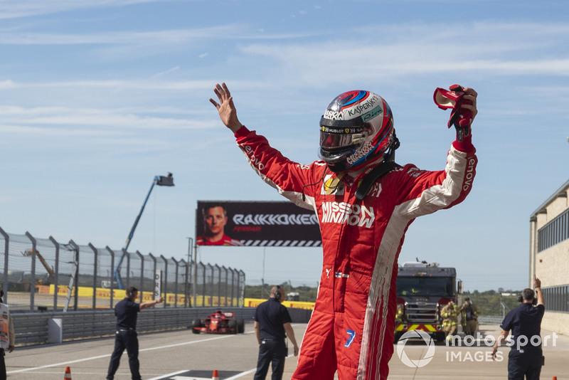 Kimi Raikkonen, Ferrari dans le parc fermé