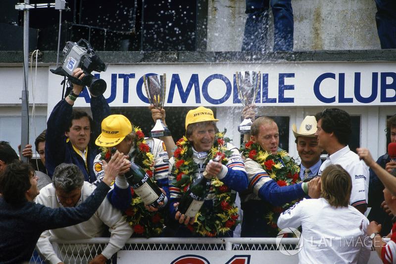 1986: Derek Bell, Hans-Joachim Stuck, Al Holbert